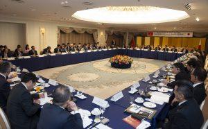 ベトナム グエン・スアン・フック首相 日本の大手企業約30社のトップマネジメント層を前にFPTを評価