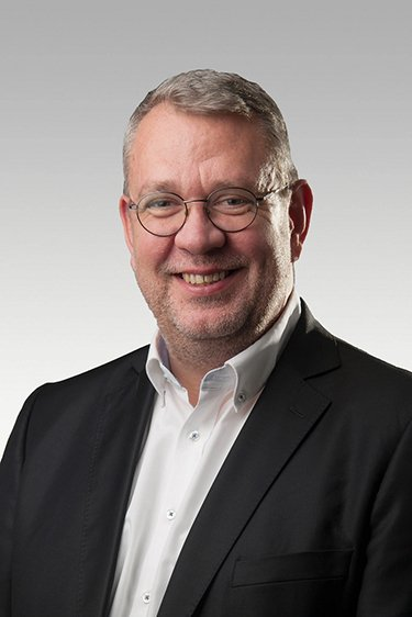 FPTスロバキア株式会社代表取締役社長